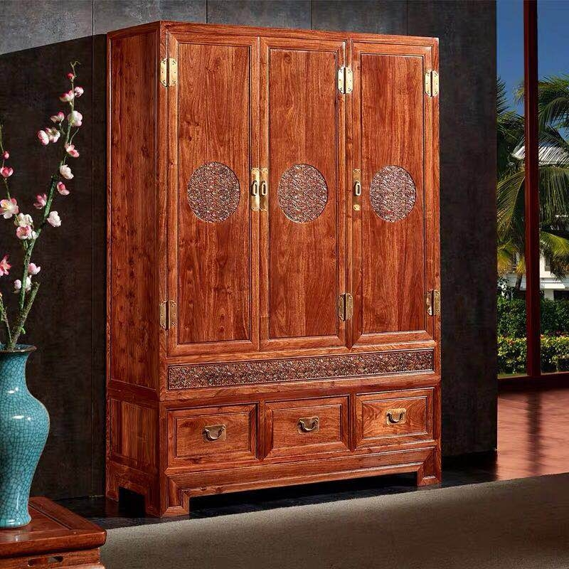 中式红木衣柜